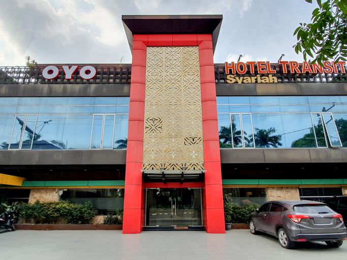 OYO 996 Hotel Transit, Medan