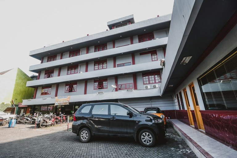 RedDoorz Plus near RSCM Jakarta, Jakarta Pusat