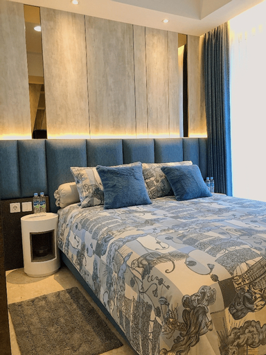 Gold Coast PIK Sea View Apartments by LongeStay, Jakarta Utara