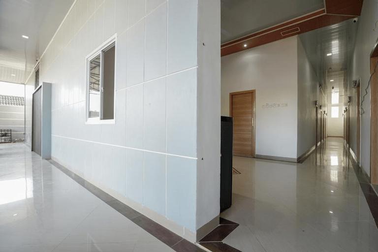 OYO 945 Mega Kost 2, Palembang