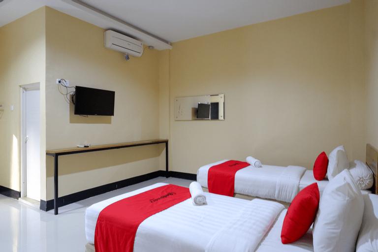 RedDoorz @ G Hotel Luwuk, Banggai