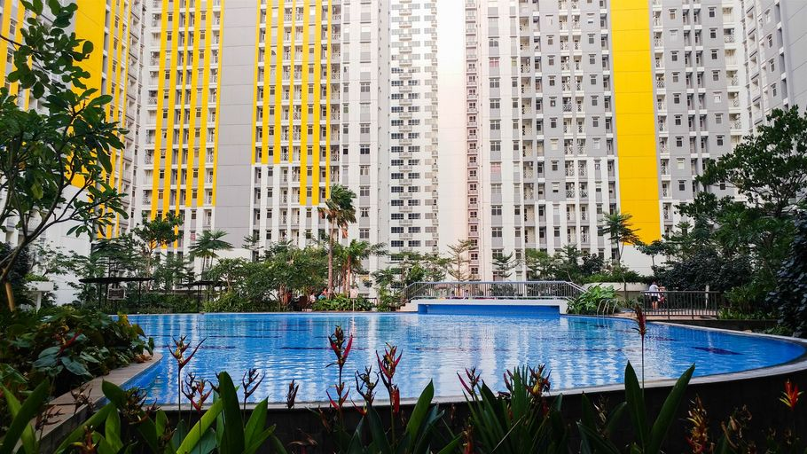 Modern Design 2BR The Springlake Summarecon Apartment By Travelio, Bekasi