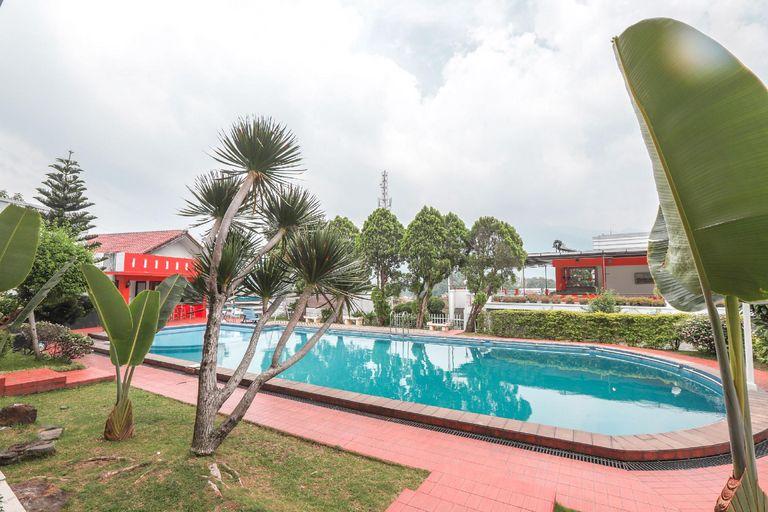 Hotel Lurus Cisarua Bogor, Bogor