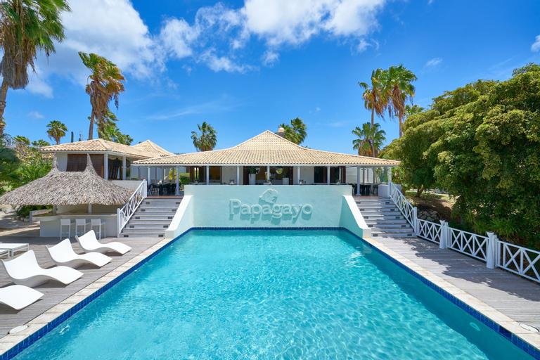 Papagayo Beach Resort,