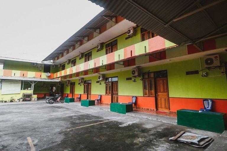 RedDoorz @ Malalayang Manado, Manado
