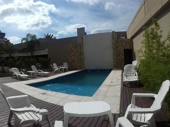 Hotel Altos del Estero, Capital