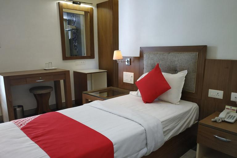 OYO 24682 Hotel Soorya, Kollam