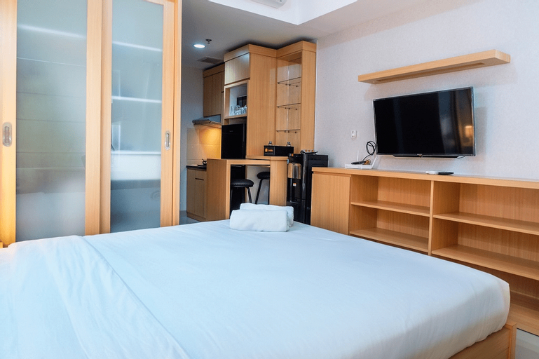 Luxurious Studio The Oasis Apartment By Travelio, Cikarang