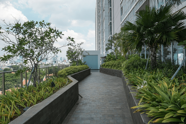 Cozy with Private Lift 2BR at Menteng Park Apartment By Travelio, Central Jakarta