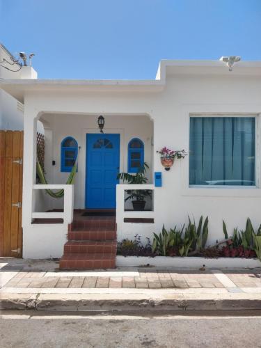 Dream Beach House by Sonsolea Host,