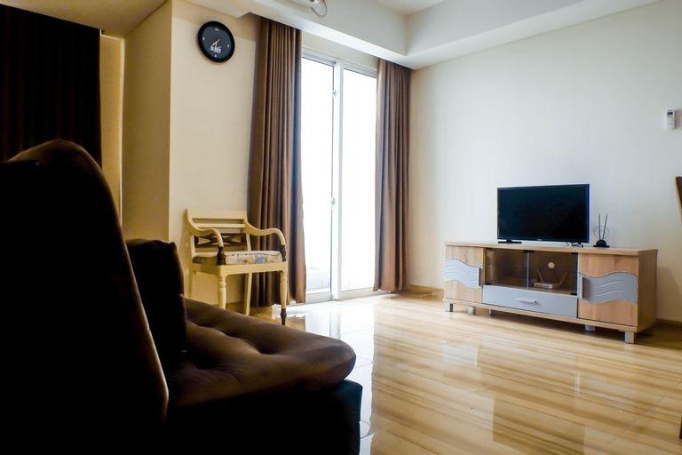 Deluxe 2BR Apartment at Grand Sungkono Lagoon By Travelio, Surabaya