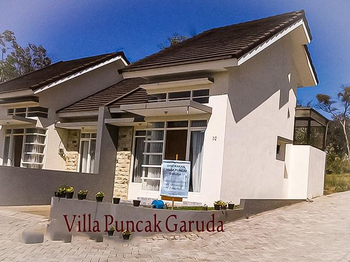Villa Puncak Garuda 2 Bed Rooms, Malang
