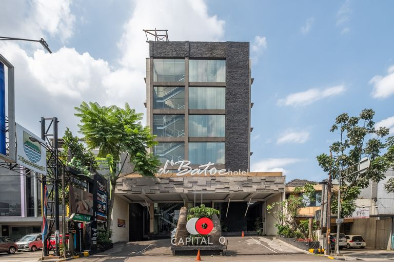 Capital O 991 D Batoe Hotel, Bandung