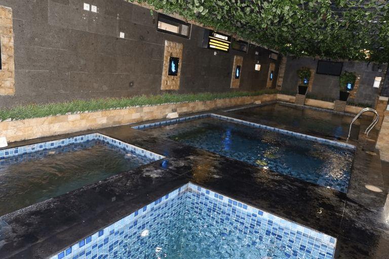 GRAN SURYA HOTEL BEKASI, Bekasi