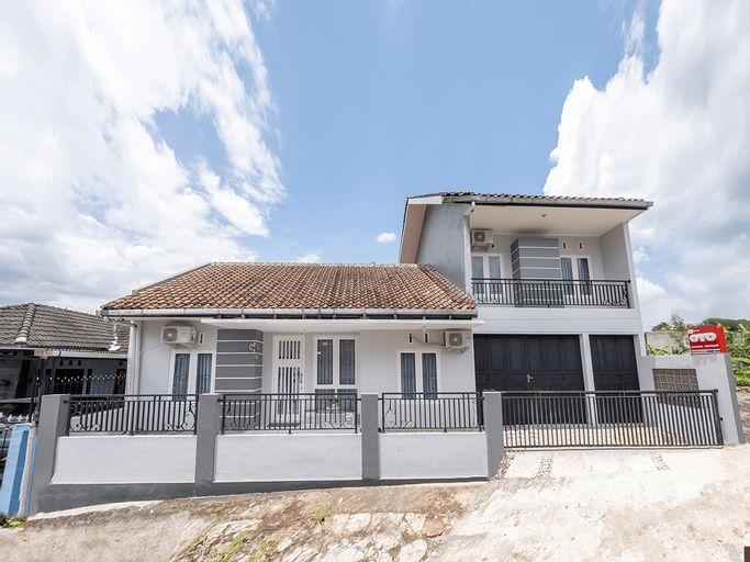 OYO 2727 Nareswari Guest House, Magelang