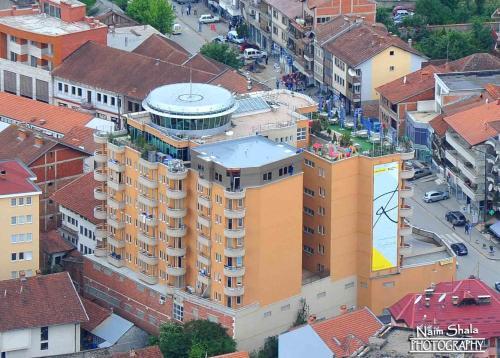 Hotel Semitronix, Peć