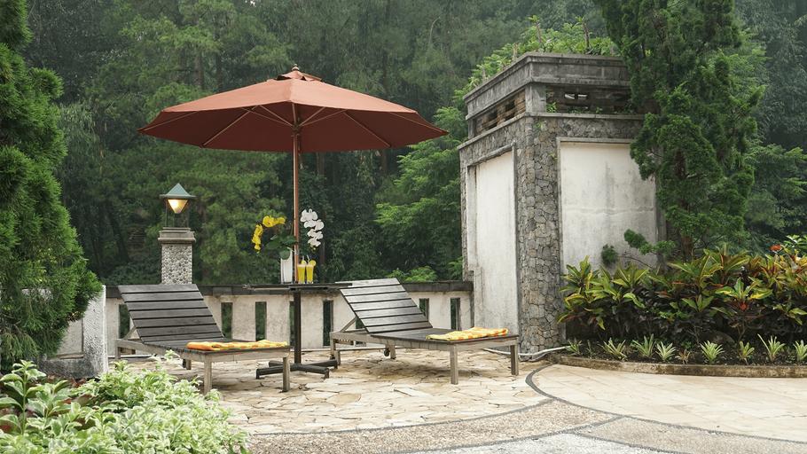 Pines Garden Hotel, Pasuruan