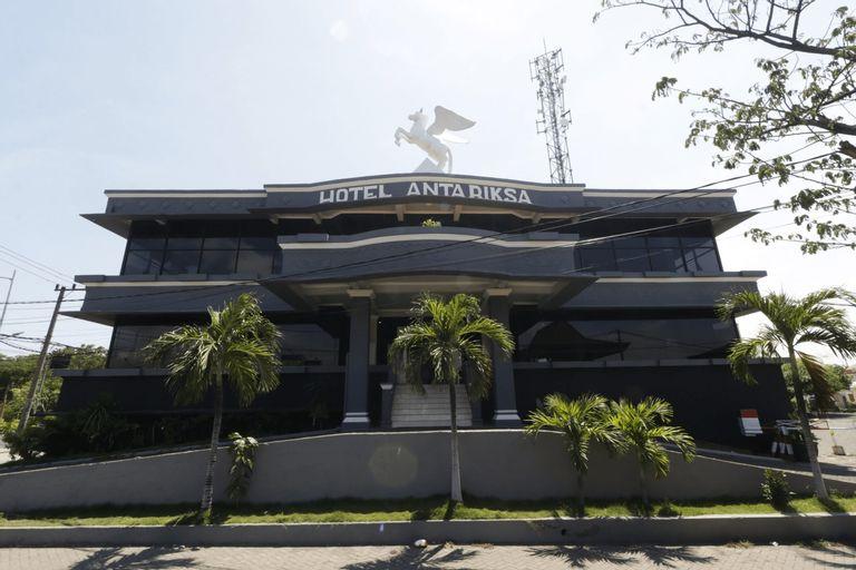 Hotel Antariksa Surabaya, Surabaya