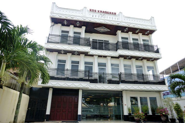 OYO 694 Khasanah Residence, Pekanbaru