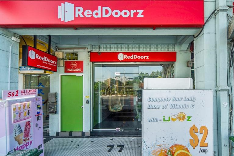 RedDoorz Hostel @ Kallang MRT, Bedok