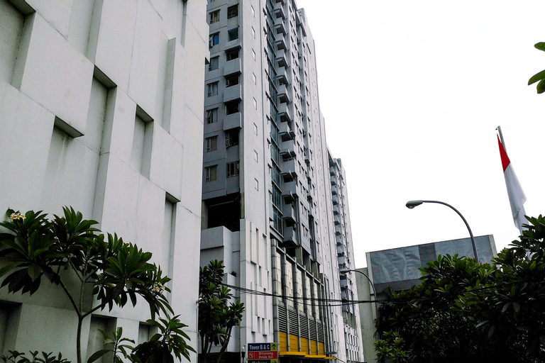 Chic and Cozy Studio Apartment at Menteng Square By Travelio, Central Jakarta