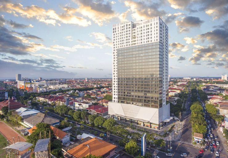 Oakwood Hotel & Residence Surabaya, Surabaya