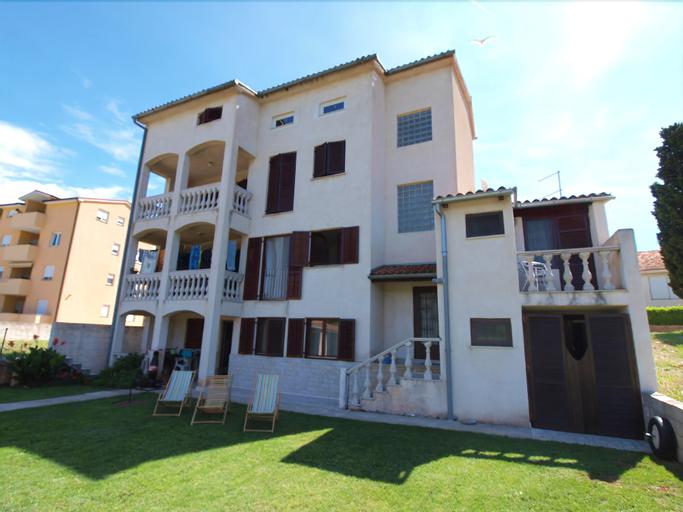 Apartments Grace 718, Fažana