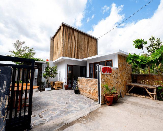 OYO 1493 Surya Villa, Lombok