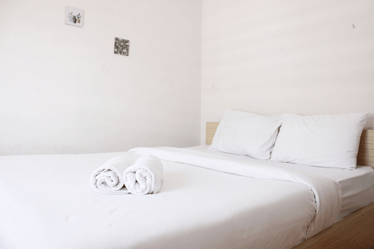 Homey 2BR Apartment at Gateway Pasteur near Exit Toll By Travelio, Cimahi