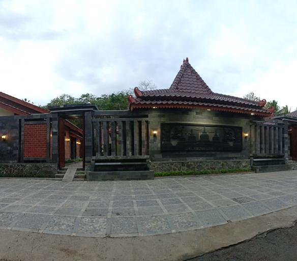 Puri Nismara Borobudur, Magelang