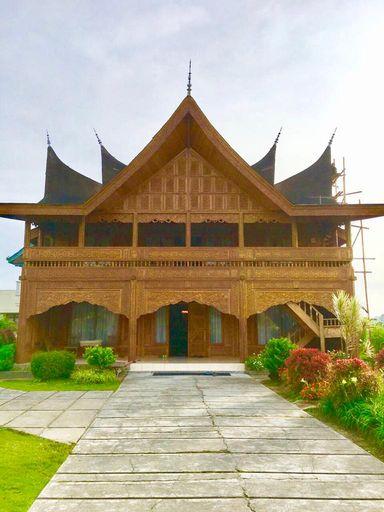 Rumah Gadang Lenggo Geni, Bukittinggi