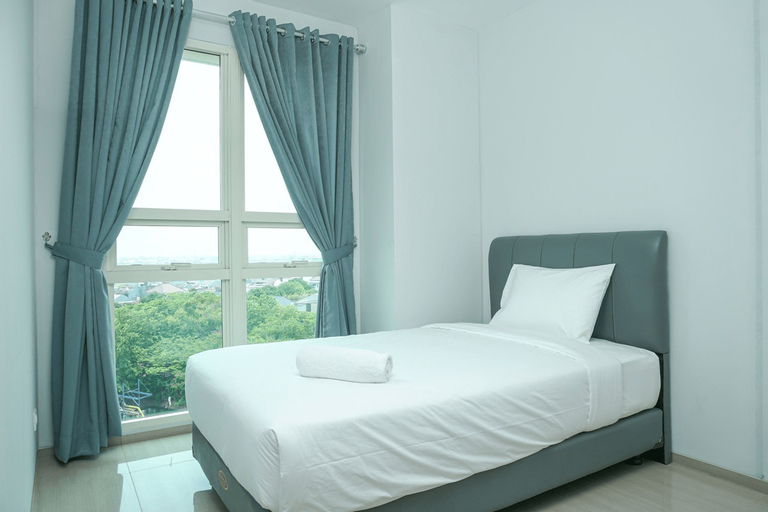 Spacious 2BR with Pool View at CitraLake Suite Apartment By Travelio, Jakarta Barat