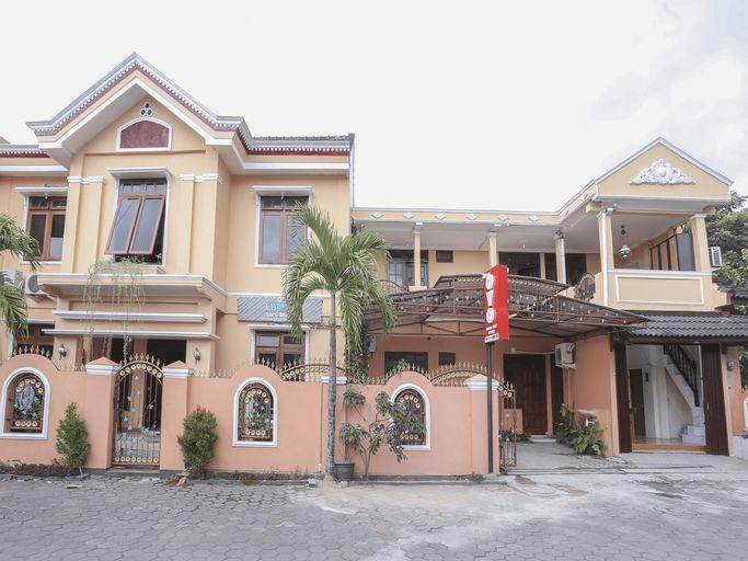 OYO 1366 Kayoman Family Homestay, Yogyakarta