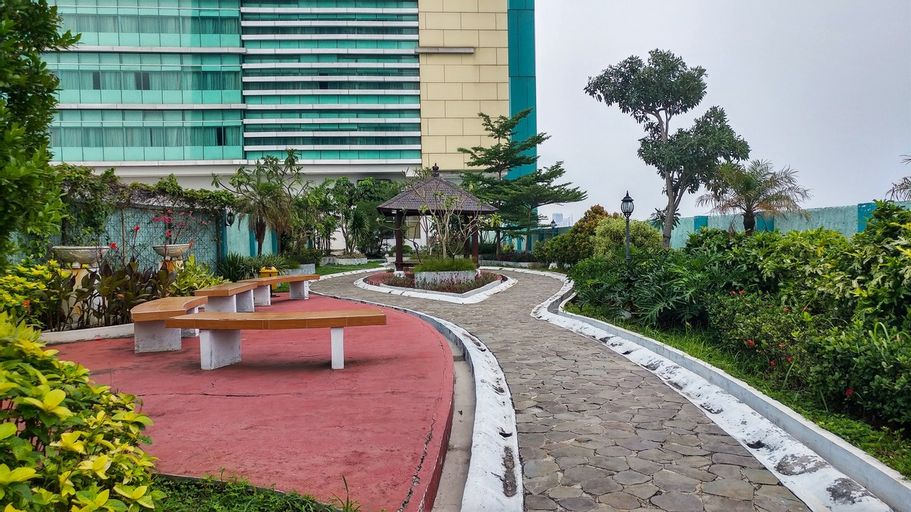 2BR Green Central City Apartment near Shopping Centre By Travelio, Jakarta Barat