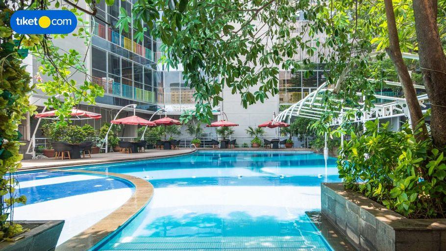 MG Suites Hotel Semarang, Semarang