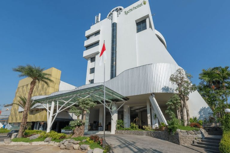 Lux Tychi Hotel Malang, Malang