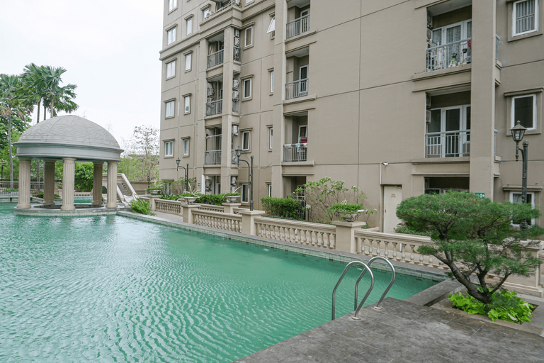 Brand New and Modern 3BR Grand Palace Kemayoran Apartment By Travelio, Central Jakarta