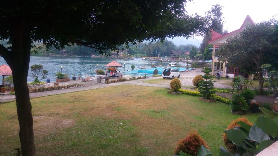 Dumasari Hotel, Samosir