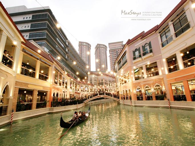 MaxStays - Max Pavilion @ The Venice Residences, Makati City