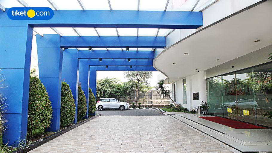 Halogen Hotel Airport Surabaya, Surabaya