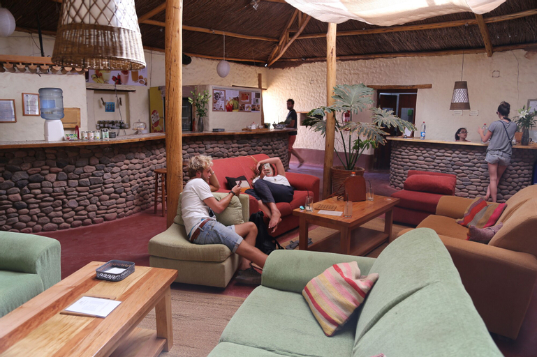 Hotel Poblado Kimal, El Loa