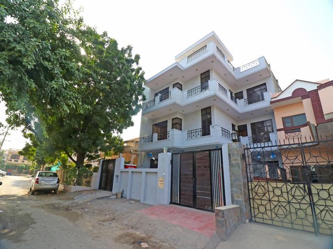 OYO 22506 Heaven Residency, Faridabad