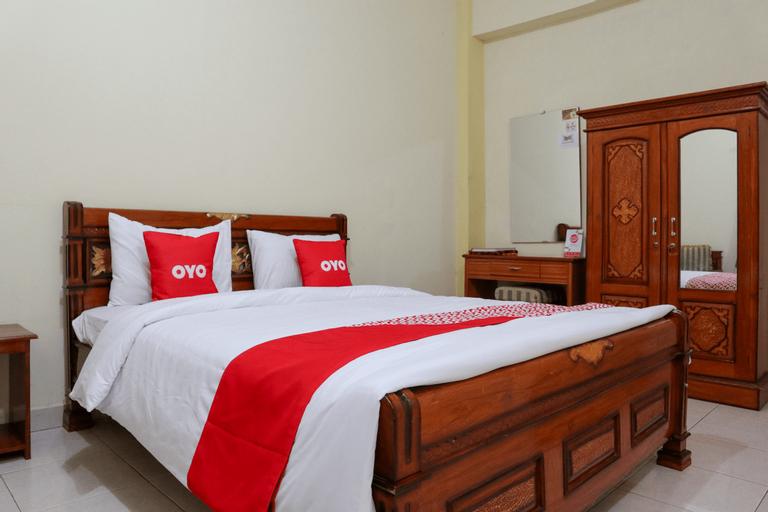 OYO 1858 Hotel AlMadinah Syariah, Pariaman