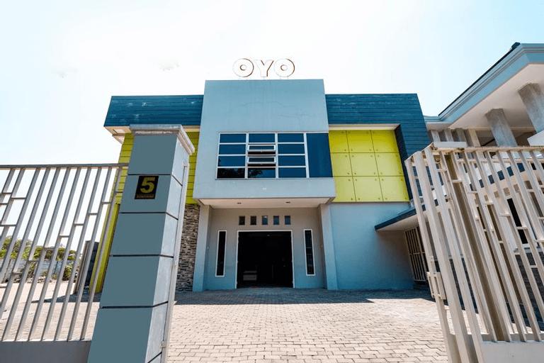 OYO 1884 Sunshine Hostel, Semarang