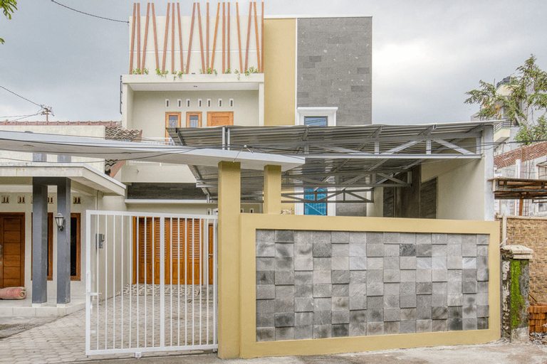 KoolKost Male Syariah near Pascasarjana UGM, Yogyakarta
