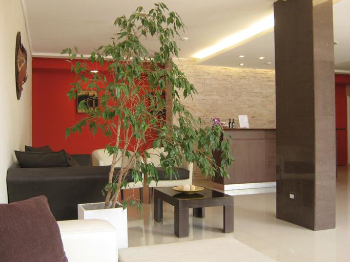 Dakar Hotel & Spa, Capital