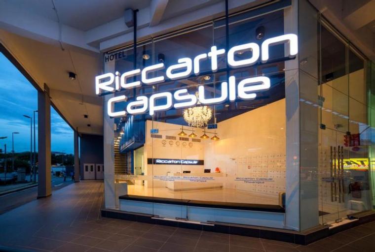Riccarton Capsule Hotel, Kuala Lumpur