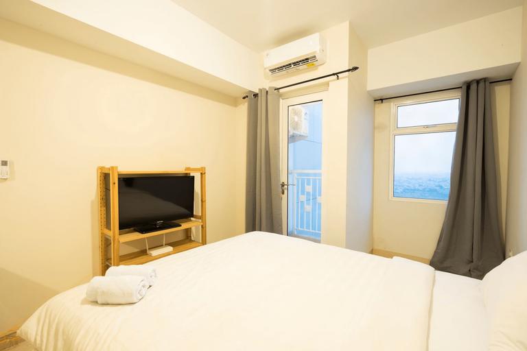 Simple Room at Springlake by E-Nap, Bekasi