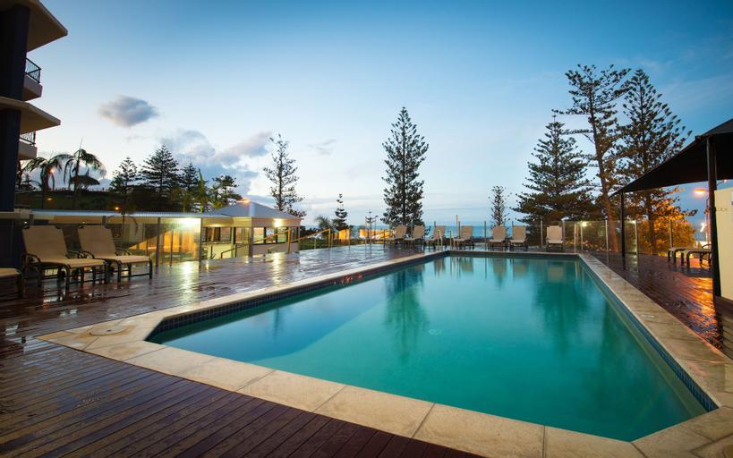 Beach House Seaside Resort, Coolangatta