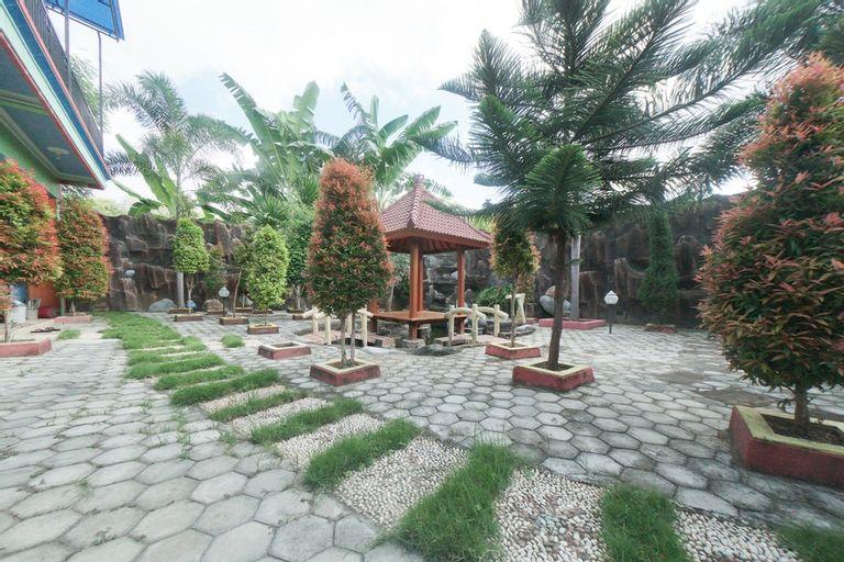 RedDoorz Syariah near Mall Roxy Banyuwangi 2, Banyuwangi